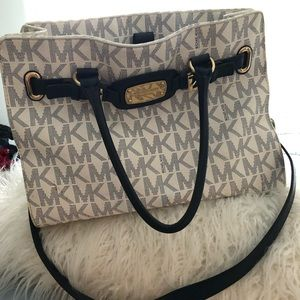 MK purse !!